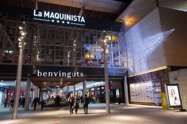 Les centres commerciaux de barcelone for La maquinista parking